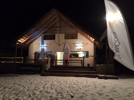 Vilanculos, โมซัมบิก: Beach Bar at night