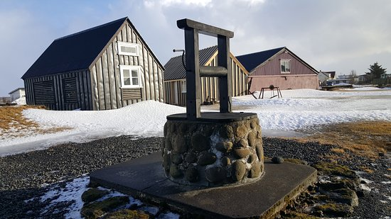 Eyrarbakki, Islandia: The old well