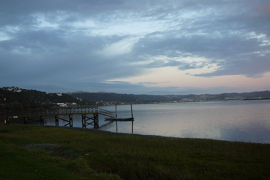 The St. James of Knysna: Evening view from the shore