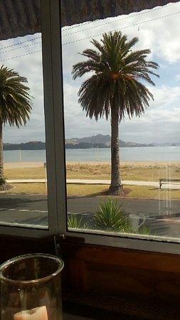 Nana Glads Beachfront Accommodation: FB_IMG_1483647478259_large.jpg