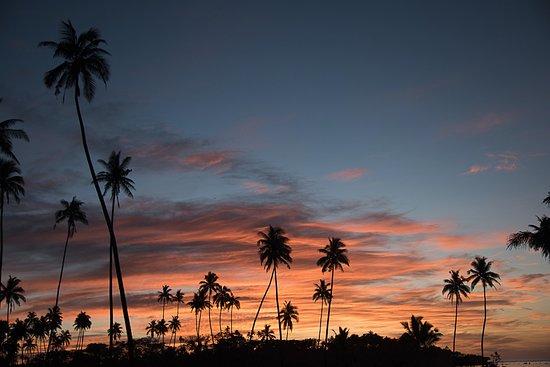 SigaSiga Sands Resort : Sunrise at SigaSiga Sands