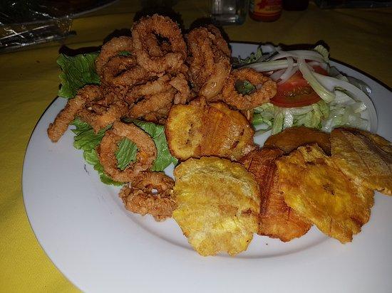 Aguadulce, Панама: Calamares apanados.