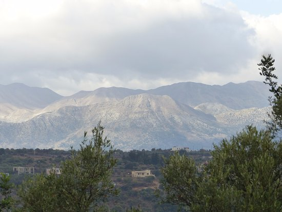 Gavalochori, Yunani: Mountains
