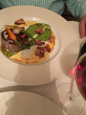 lamb with spring vegetables and pea puree
