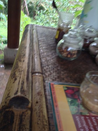 Bedugul, Indonesia: Great teas, but they forcing you to buy a lot!!