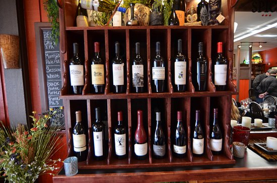 Spice Bistro : Great wine selection