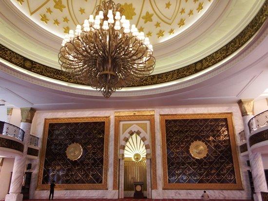 Great interiors! - Picture of Masjid Agung Trans Studio Bandung ...