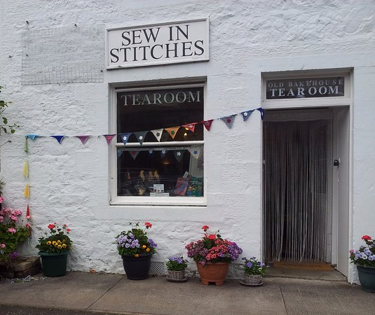 View of the Tearoom from the road through Aberlady