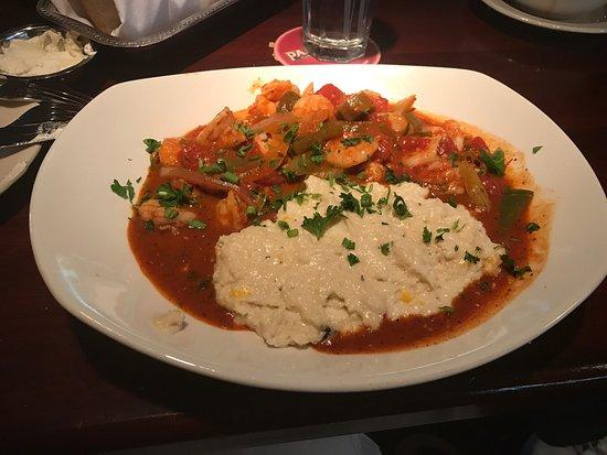 Pappadeaux Seafood Kitchen: photo1.jpg