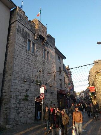 Barnacles Hostel Galway Resmi