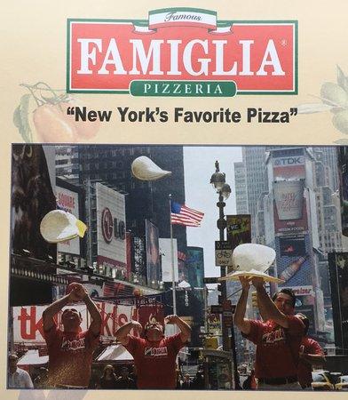 Famous famiglia pizzeria picture of famous famiglia for Casa famiglia new york