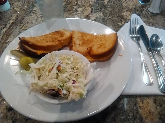 Santa Paula, Kalifornien: Grilled Cheese with Coleslaw