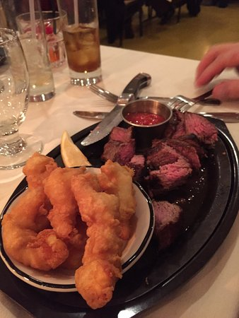 Mosinee, WI: Prime Rib and Hand Dipped Shrimp