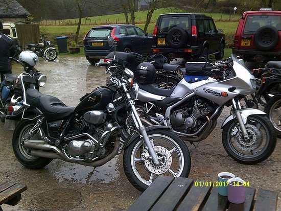 Vintage motorcycle rideout to wetton mill tea room new years day 2017