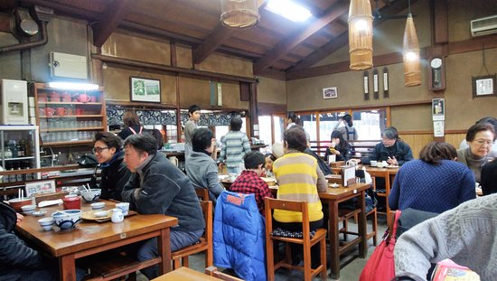 Tamanoya: 雰囲気のある店内