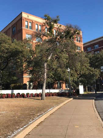 The Sixth Floor Museum/Texas School Book Depository