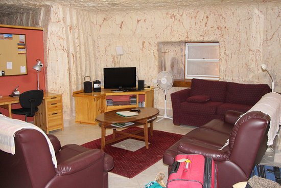 Down to Erth B &B: The lounge room.