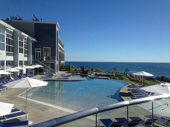 Cape Neddick, ME: New section. Zero entry pool