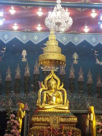 Phichit, Thailand: หลวงพ่อเพชร