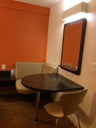 Motel 6 Anaheim Maingate: photo4.jpg