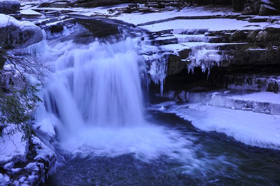 Bristol Falls 02