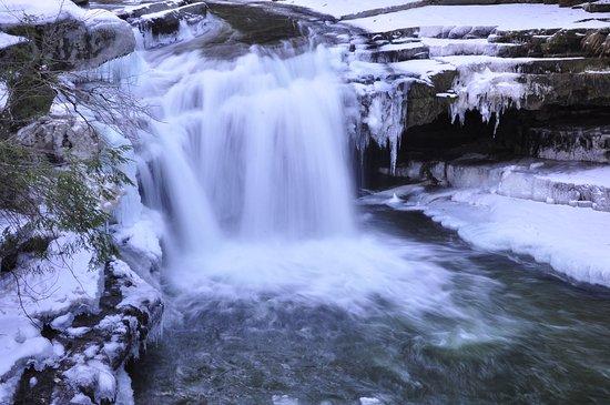 Bristol Falls 03