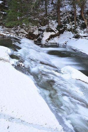 Bristol Falls 06
