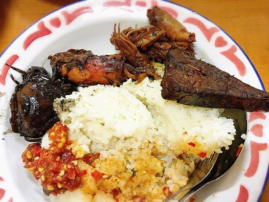 Nikmatnya Makanan Tradisional Sunda Ala Jadul Ulasan Nasi