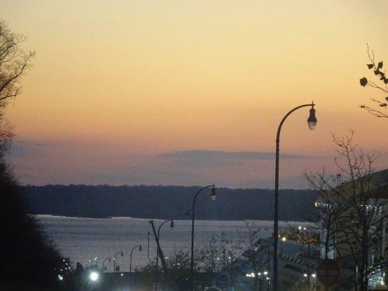 Oxon Hill, Maryland: DSC05861_large.jpg
