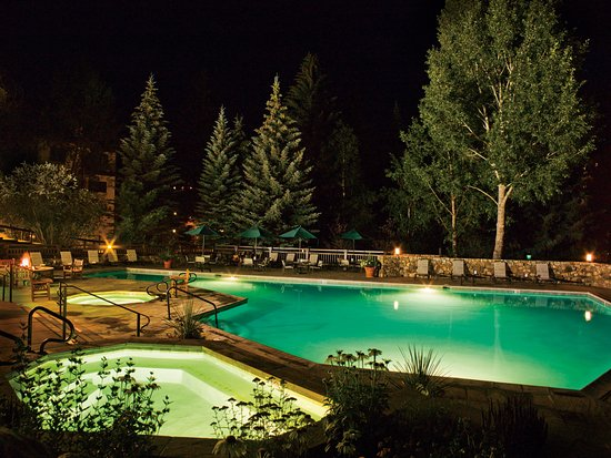 Beaver Creek, Colorado: Outdoor are 2 Hot Tubs Always Available & an Outdoor Heated Pool for the Summer