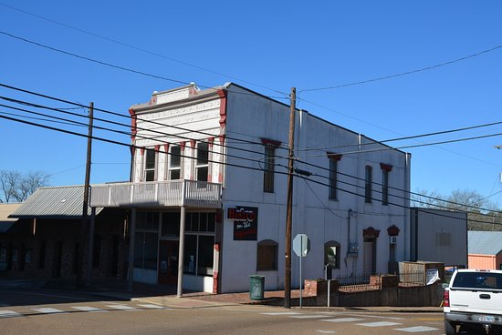 Crockett, TX: Bistro on the Square