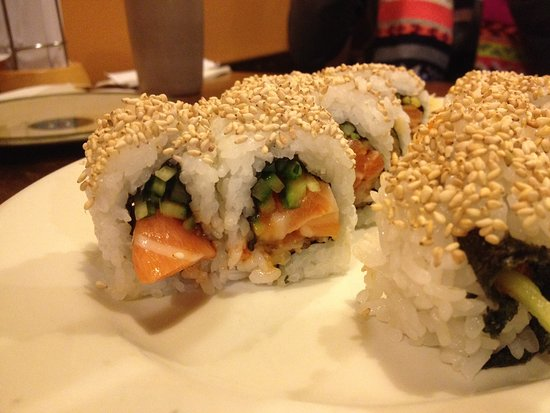 Osaka Today: Spicy salmon roll
