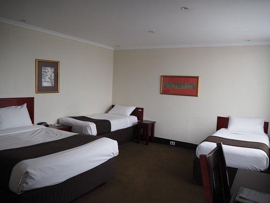 fountainside hotel au 119 a u 2 1 2 2018 prices. Black Bedroom Furniture Sets. Home Design Ideas