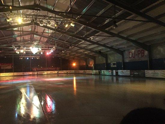 Ice skating in Beverungen (Beverunger Eisbahn)