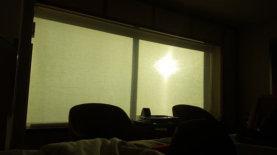 MGM Grand Hotel And Casino No Thick Or Blackout Curtains Just A Thin White