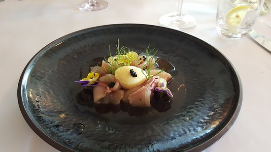 Dromana, Αυστραλία: Cured kingfish as a starter recommended