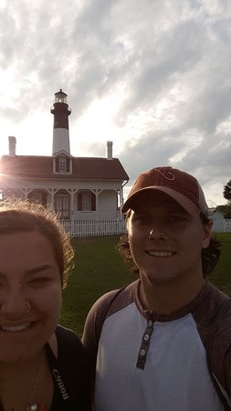 Tybee Island Lighthouse Museum: Selfie at sunset!