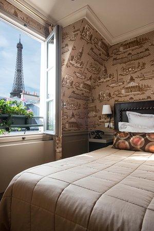 Hotel de Londres Eiffel: Chambre avec vue sur la tour eiffel