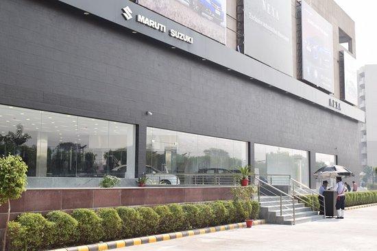 Savoy Suites Manesar: Maruti Suzuki Nexa