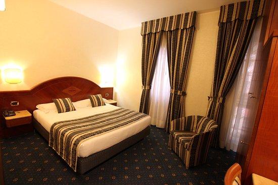 巴維耶莫金巴酒店