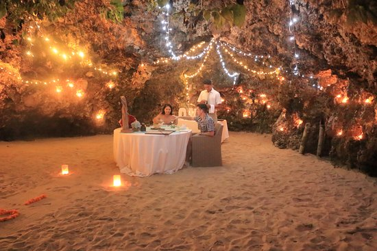 The Power Of Love At Beach Cave Picture Of The Power Of Love Samabe Cave Dining Nusa Dua Tripadvisor