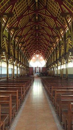 Sikka Old Church: Inside