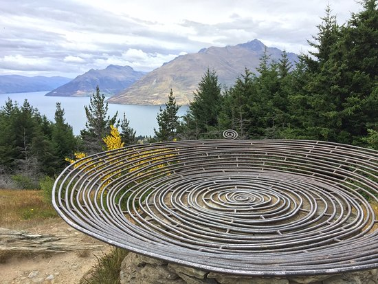 Queenstown, Yeni Zelanda: A steep climb the whole way, but views are worth it