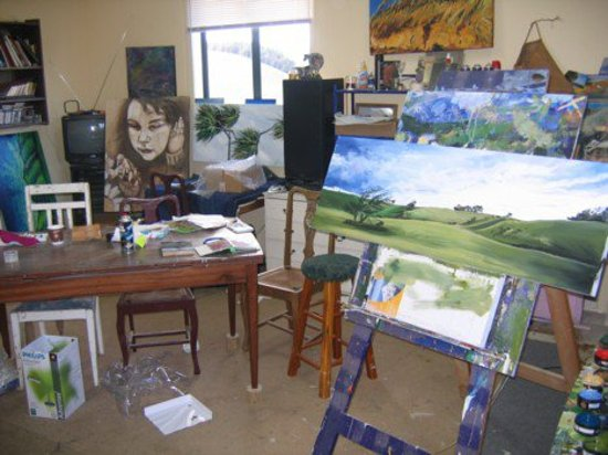 Fortrose, Nueva Zelanda: in the artists studio outback of the Gallery/Shop