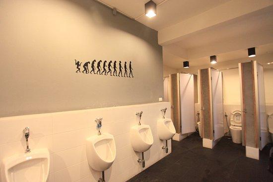 تشيك إن - هوستل: Toilet area