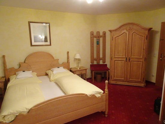 Hotel Edelweiss: Room 14