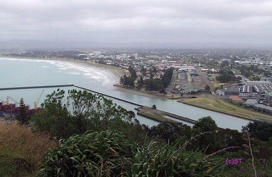 Gisborne, New Zealand: View to waterfront