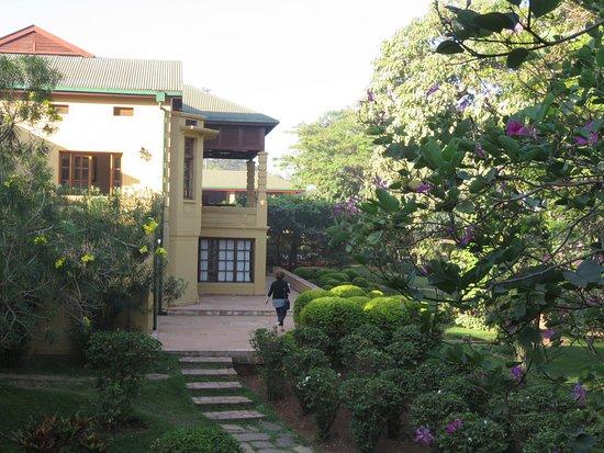 Emin Pasha Hotel Resmi