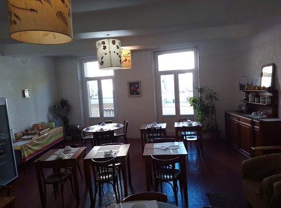 Pertuis, Francja: salle petit dejeuner