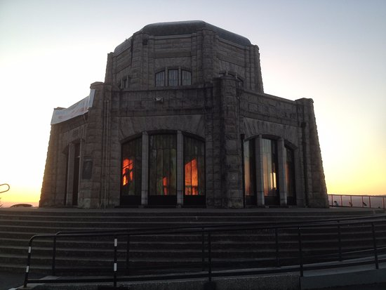 Corbett, OR : Vista House with the sunset gleaming through the stained glass windows